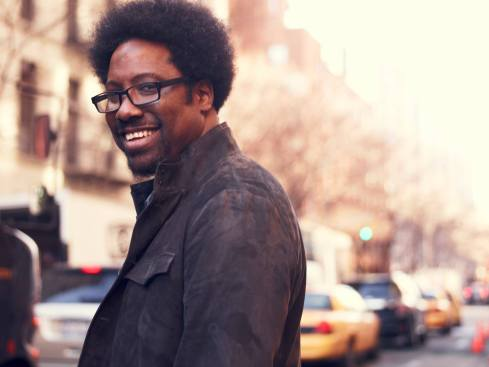 totally-biased-with-kamau-bell