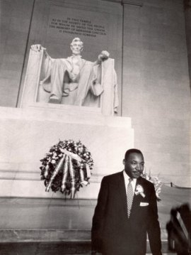 King stands in front of the Lincoln Monument in D.C.